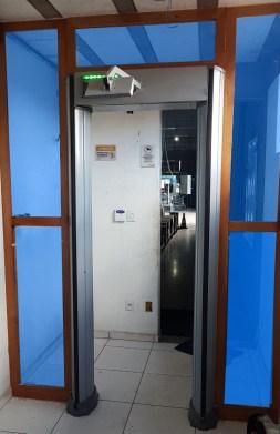 detector de metais em industria