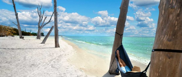 Den Tag am Strand verbringen. - Foto: The Beaches of Fort Myers & Sanibel
