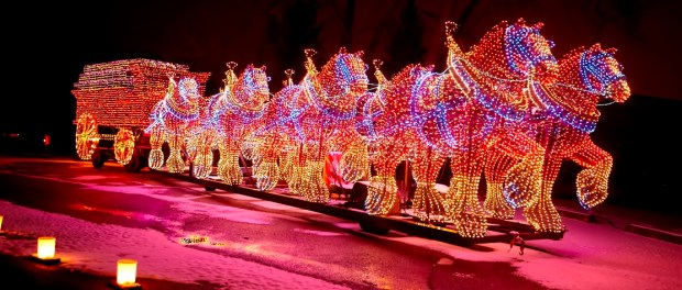East Peoria Festival of Lights. - Foto: Chris Jacobs and Illinois Office of Tourism