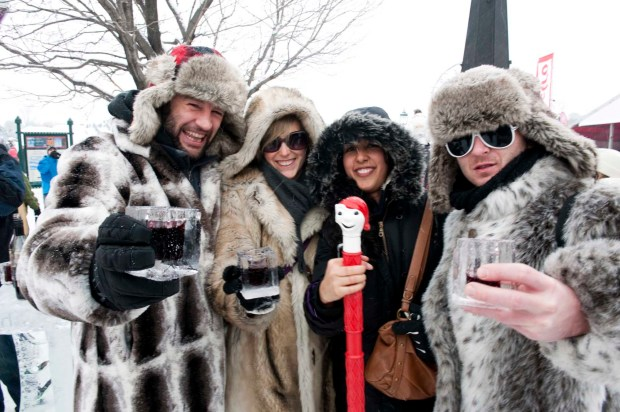 Mit Cranbeery Punch anstosen. - Foto: Canadian Tourism Commission