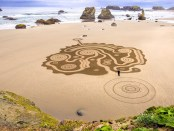 Circles in the Sand von Denny Dyke. - Foto: Susan Dimock Photography