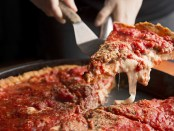So sieht Chicago Style Pizza aus. - Foto: Illinois Office of Tourism