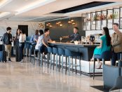 Bar in der United Polaris lounge im Flughafen von San Francisco. - Foto: United Airlines