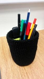 crochet pen pot