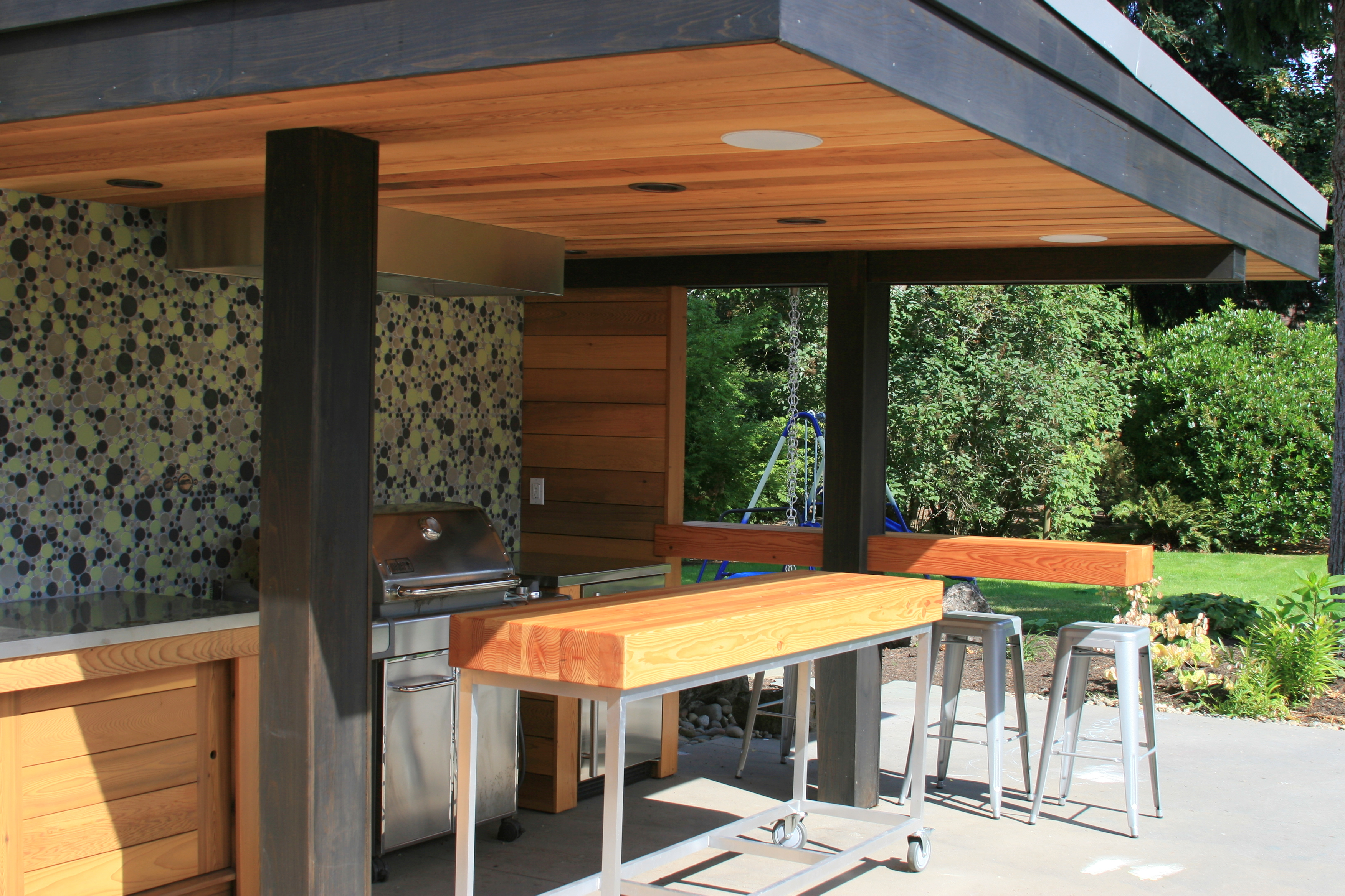 10 Steps to a Perfect Outdoor Kitchen | Inside Arciform on Patio Kitchen id=49222
