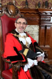 Croydon Mayor: Eddy Arram: so unimportant, even Croydon Council's own newspaper fails to report his activities. How dare they!