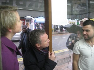 Who's running the shop? Steve Reed, accompanied by Yvette Cooper, visiting traders in Croydon