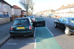 The door zone on Mitcham Road: deadly for cyclists