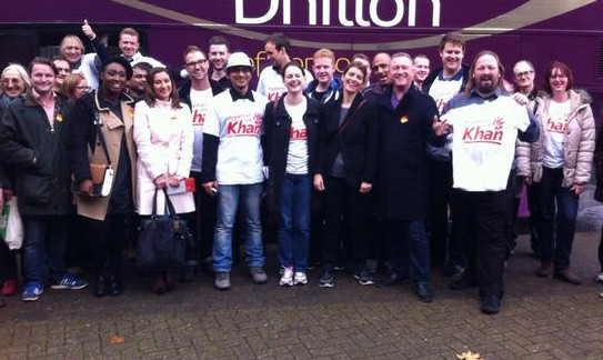 Laouth MP Steve Reed OBE campaigning in Rochester at the weekend, with several Lambeth council cabinet members. Can you spot anyone from Croydon in the picture?