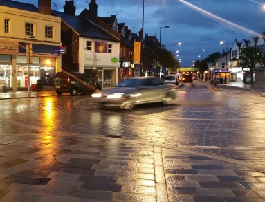 """Another vehicle goes over the middle of the roundabout at Coulsdon's new """"enhanced junction"""""""