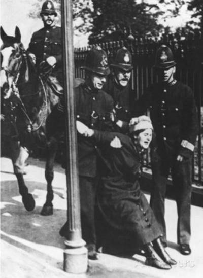 Suffragette Eleanor Higginson being arrested when campaigning for votes for women. Her grand daughter, Redshaw, is speaking after a screening at the David Lean Cinema next week
