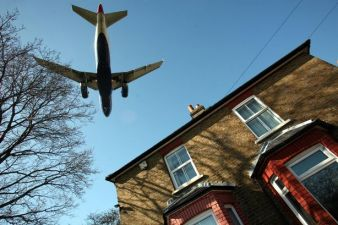 low-flying-aircraft-heathrow-gatwick