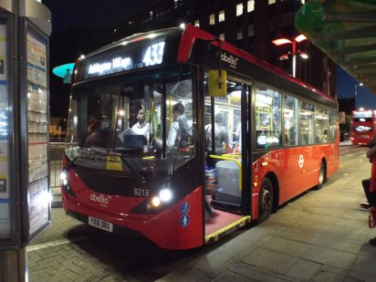 433 bus at East Croydon