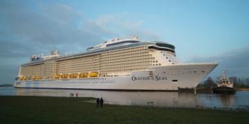 ovation of the seas, royal caribbean, quantum class