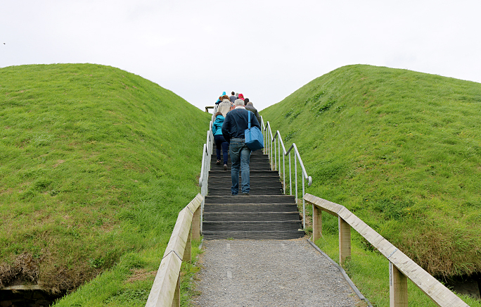 Knowth passage tombs Ireland