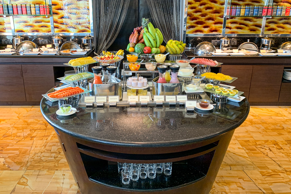 Executive lounge buffet  at Cinnamon Grand Colombo