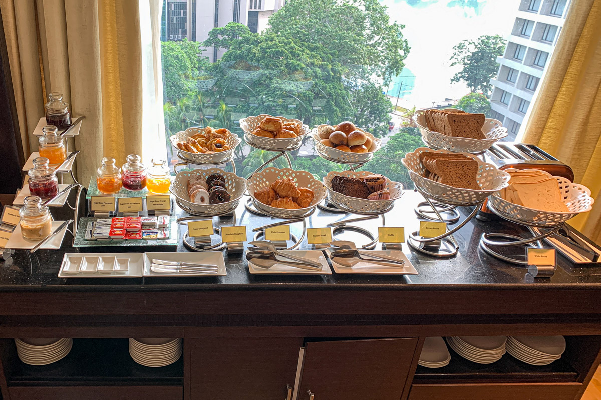 Executive lounge buffet  at Cinnamon Grand Colombo