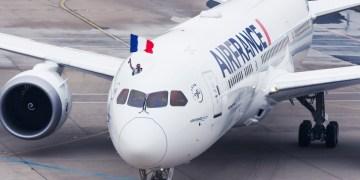 Boeing 787-9 Dreamliner van Air France wordt feestelijk ontvangen op de luchthaven van Parijs (Bron: Air France)