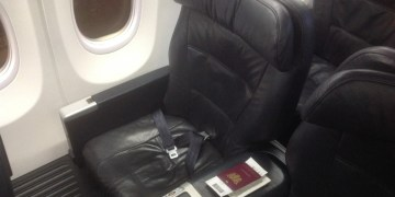 United Airlines, Business Class, 737-900