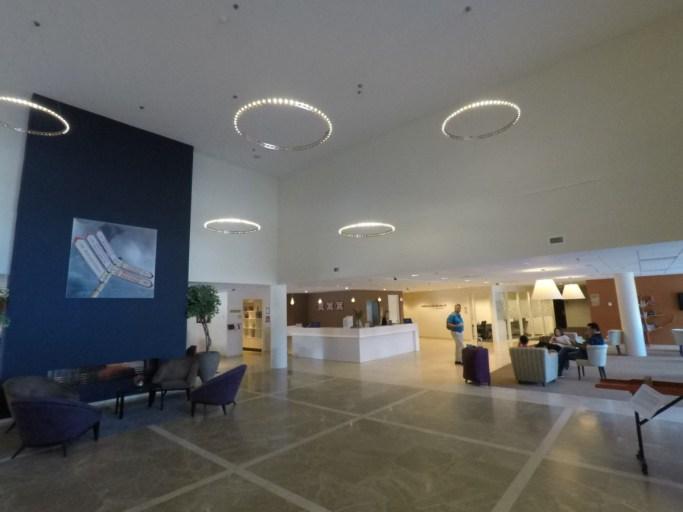 lobby, hilton, garden inn, leiden