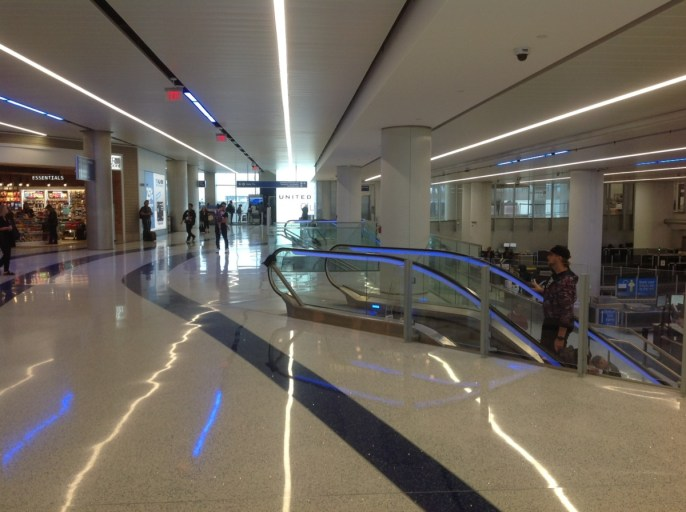 los angeles, terminal 7, united airlines