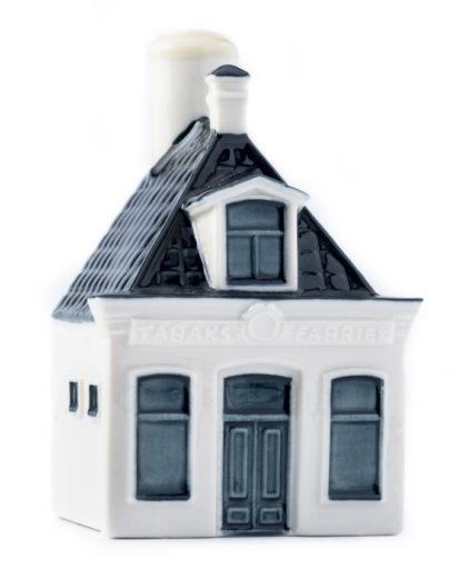 Huisje 99 is het eerste DE winkeltje in Joure, Friesland (Bron: KLM)