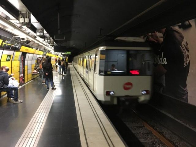 De metro van Barcelona is een efficient vervoersmiddel