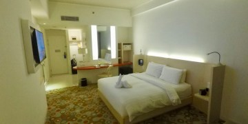 Fairfield, Marriott, surabaya, review