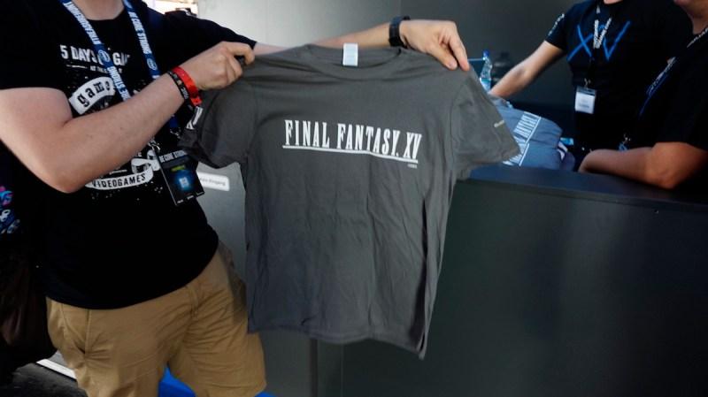 Spielt einfach Final Fantasy in Halle 9 an.