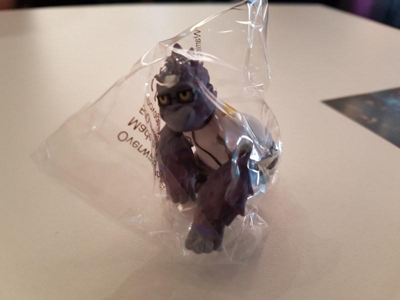 Spielt ihr die neue Overwatch Map in Halle 7 an, gibt es diesen kleinen Mini-Winston! <3