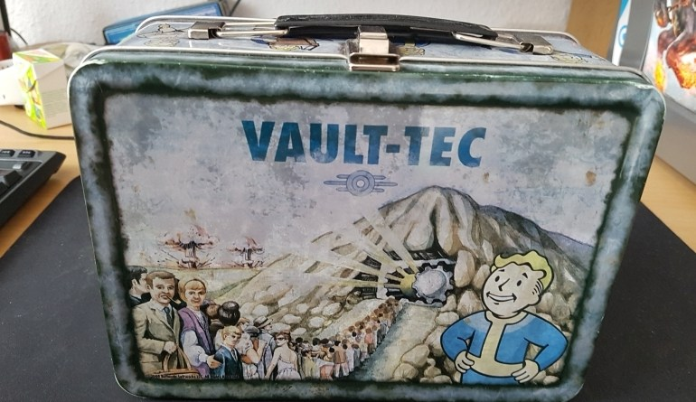 Fallout 3 Collector's Edition Lunchbox