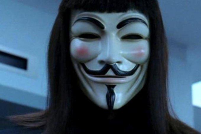 Mask-of-Me-v-for-vendetta-29074903-917-615