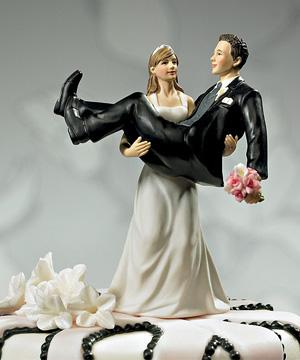 unique-wedding-cake-topper