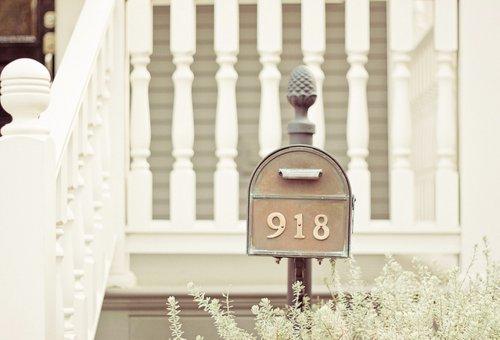 house-mailbox-vintage-Favim.com-210423