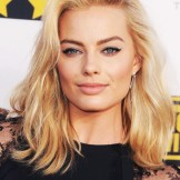 012814-margot-robbie-hair-340
