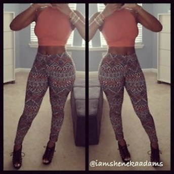 qhn7b3-l-610x610-pants-sexy-hot-outfits-outfit-movies-brands-hippie-aztec-clothes-leggings