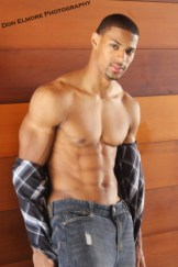 Denzel-Wells-Arms-Abs