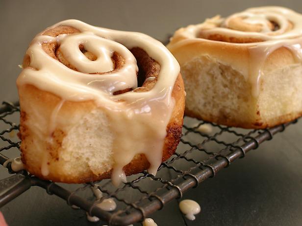 breads_cinnamon_bun_lg