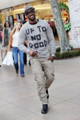 lance-gross-apple-store-shopping-the-grove-hollywood