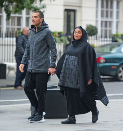 pay-heavily-pregnant-janet-jackson-4