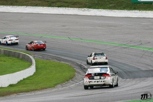 Pirelli GT Sprints GT4 battle between the Acura Integra Type R (DC2), BMW 325i (E36), Honda Civic (EK hatch) and the T4 class Honda Civic (former CTCC racecar)