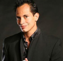 Inside Magic Image of Magician Anthony Hernandez
