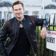 Lee Ryan swaps boyband for […]