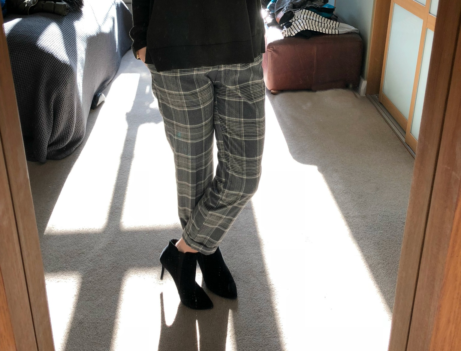 checked cigarette trousers H&M