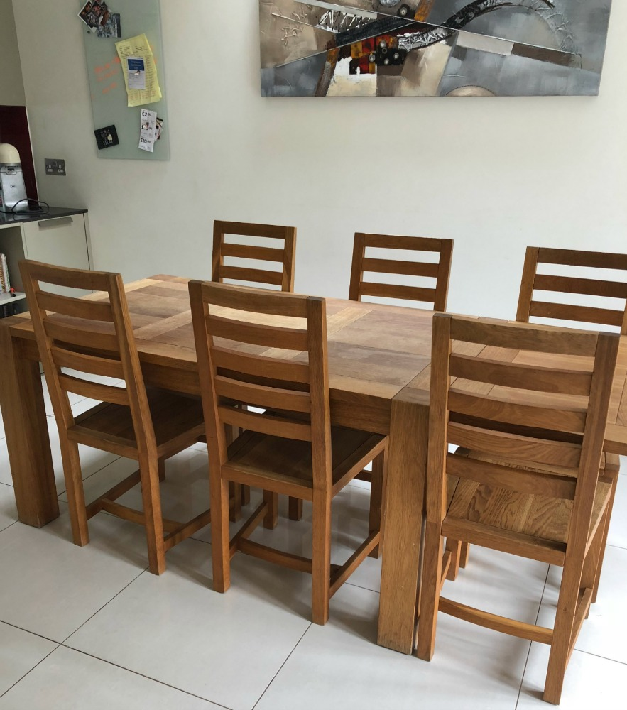 oak wooden dining table