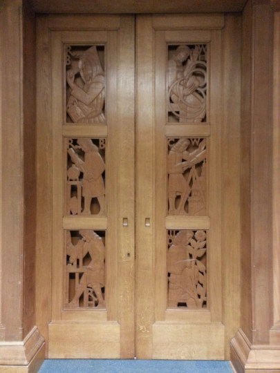 Radcliffe Science Library: Door