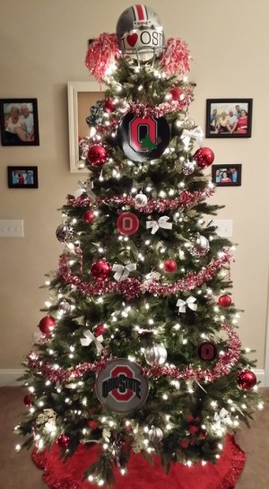christmas tree real estate sales
