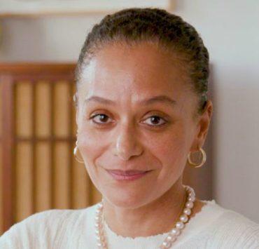 Впервые в истории главным редактором Harper's Bazaar стала темнокожая женщина