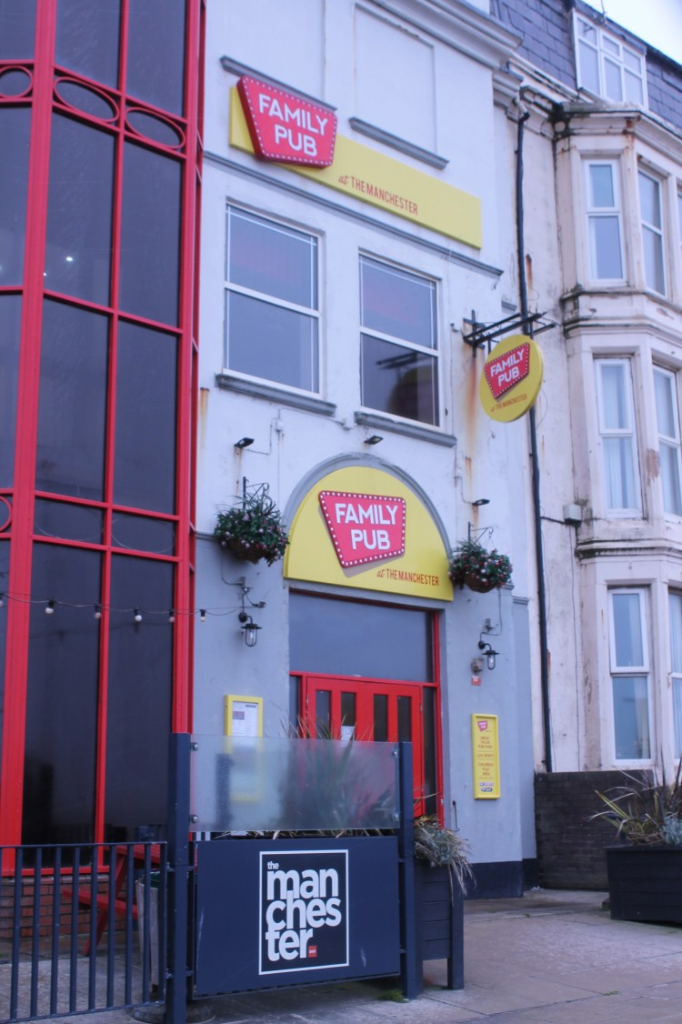 Family friendly pubs in Blackpool - Manchester family Pub