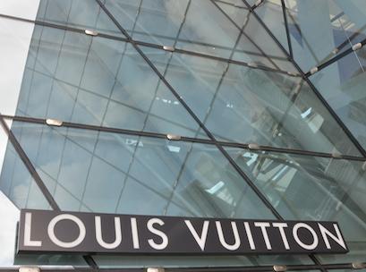 Louis-Vuitton-Marina-Bay-Singapore-external-signage-115